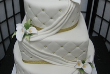 cakes / by Danielle Clemmer