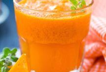 Drink me! / Dagli smoothies alle bevande energetiche, dai succhi alle bevande calde... tante idee per drink da bere in compagnia