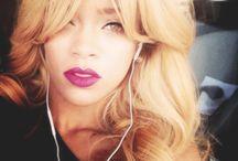 Rihanna Blond/Ombré