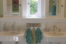 Bathrooms - Cottage / by Michelle Rolls-Hiltz