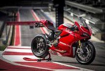 La moto / Ducati 1199 panigaleS