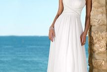 Wedding dresses / by Courtney Stakes