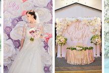 Ściana z kwiatów / Ściany wykonane ze świeżych bądź papierowych kwiatów mogą stanowić niezapomnianą scenerię ślubną i weselną.