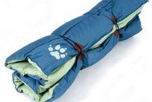 Cuscini, tappetini e materassini per cani