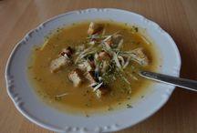 Recepty na polievky / Príprava tradičných, ako aj moderných polievok
