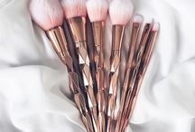 Rose gold / Some amazing rose gold items since rose gold is the best