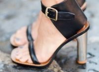 Shoes I adore / by Kulwadee Chaitongdee