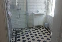 Feature tile floor
