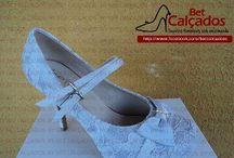 Bridal shoes / Sapatos de noiva / by Samy Novaes