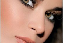 Makeup / by Julia