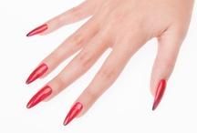 """Halloween Nail Art / Per una manicure da """"Brivido""""!"""