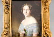Miniatury portretowe  -  kto rozpozna namalowaną postać. / Wiele portretów przedstawia wizerunki anonimowych dzisiaj postaci. Wierzę, że nasza zbiorowa mądrość pozwoli na identyfikację przynajmniej niektórych z nich.  Tablica posiada swój odnośnik w języku angielskim - Portrait Miniatures - who is on the portrait.
