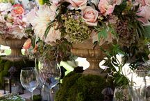Table Settings & Center Pieces  / by Ellen Byers