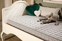 ECUS / Ecus, fabricante de sistemas de descanso, cuenta con todo tipo de soluciones para el descanso ofreciendo colchones, camas, sofás y almohadas. Ademásde ofrecer grandes soluciones para hoteles. La innovación está en el ADN de la firma. Una empresa pionera en algunas de las tecnologías más importantes en el sector del descanso.