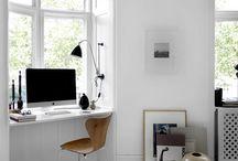 workspace / desk essentials | minimal workspaces
