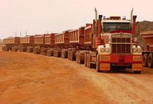 AUS Australian Road-Trains / Trucks in Australia,in many combinations,from the Normal Trailer to the Several Conjoined Trailers,making the Powerful and Tipical Australian Road-Trains.