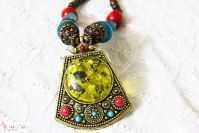 Antique Necklace / Necklace and Necklace sets with antique style.