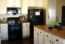 Kitchens / by Louise Taylor
