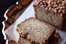 Assort breads