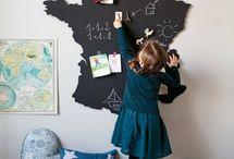 Décoration murale / Étagères, stickers, guirlandes, têtes de lit ou fait maison : tout ce qui peut joliment décorer une chambre d'enfant
