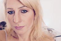 Make-up / Trucco