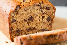 To Try - Breads / by Mandy Pepper-Yowell
