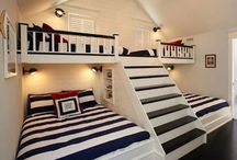 Timber Home Bunk Beds / Find inspiration for your extra bunk rooms.