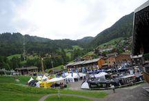 Roc des Alpes - La Clusaz 2013 / Le Roc des Alpes à la Clusaz est le rendez-vous estival du Roc d'Azur organisé depuis 30 ans dans le Var.  LE ROC DES ALPES 2013 CE SONT TOUS LES FORMATS DU VTT, POUR TOUS  Pour sa première édition, La Clusaz a accueilli trois jours d'épreuves VTT et a permis aux participants de découvrir les Alpes, le massif des Aravis et La Clusaz à VTT.