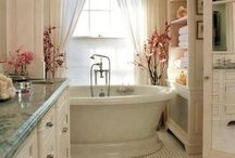 Bathrooms / by Kathleen McElroy