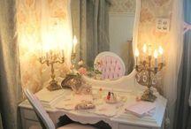 Amy bedroom