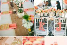 Hochzeit: Inspiration Peach / Peach bzw. Pfirsich gilt als besonders frische und leichte Farbe - und ist perfekt kombinierbar z.B. mit grün, rose, blau oder auch gelb.