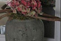 Dekorationer med blomster mm.