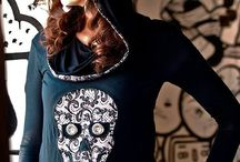 sugarskull teeshirt by LeeA Muerte / My cretaions. Handmade sugarsull teeshirt for women and men.  My shop: https://www.etsy.com/shop/LeeAMuerte