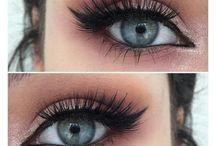 <Makeup>