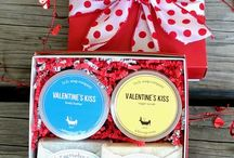 Love is in the Air! / Looking for unique treats to give this Valentine's Day? Shop handmade, shop local, shop with love!
