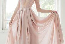 серое с розовым