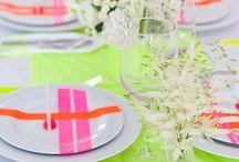 Neon Wedding Decor Ideas / Neon Wedding Decor Ideas