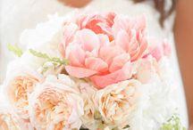 floral arrangements & bouquets