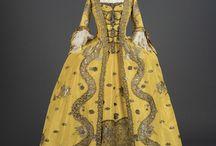 Suknie z 2 poł. XVIII w. / Robe  a la francaise itp.