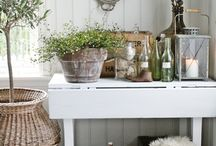 Vignettes / Be inspired by unique ideas for styling your vignette. With beautiful images of homewares pieces, art, flowers and more.