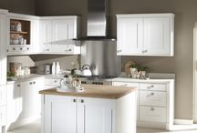 Lansdowne Painted Kitchen / A shaker kitchen with clean lines with a choice of 25 beautiful painted colours. http://www.unitsonline.co.uk/lansdowne-painted-kitchen