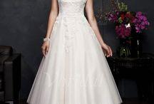 Online dress selection