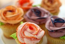 Cuppie cakes / Most are edible and look very delicious and creative. / by Dianne Collins