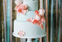 wedding cake / by Madison Levine