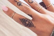 Татуировки на пальцах