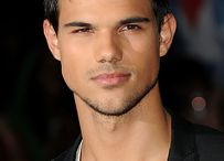 Taylor Lautner♡♡♡ / by Madelyn West