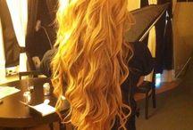 hair and nails / by Alaina Stultz