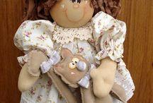 Anjos e Bonecas Country / Ideias e moldes de anjos e bonecas artesanais decorativas e utilitárias em tecido e MDF.