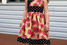 Dziecko sukienki