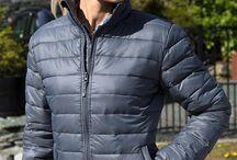 Jachete căptuşite personalizate / Jachete căptuşite personalizate prin broderie. Jachete căptuşite personalizate pentru echipa ta, jachete promotionale pentru angajati.